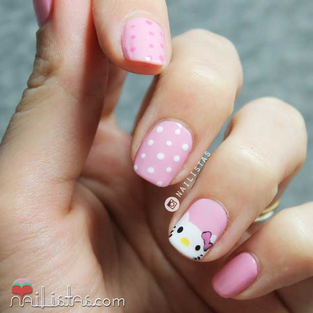 imagenes de uñas decoradas con hello kitty