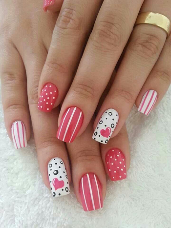 Uñas con decoraciones