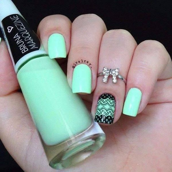 Uñas decorada de moda