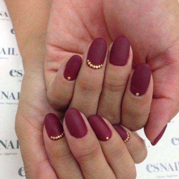Uñas color vino 2018