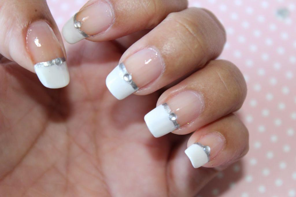 Uñas french blancas