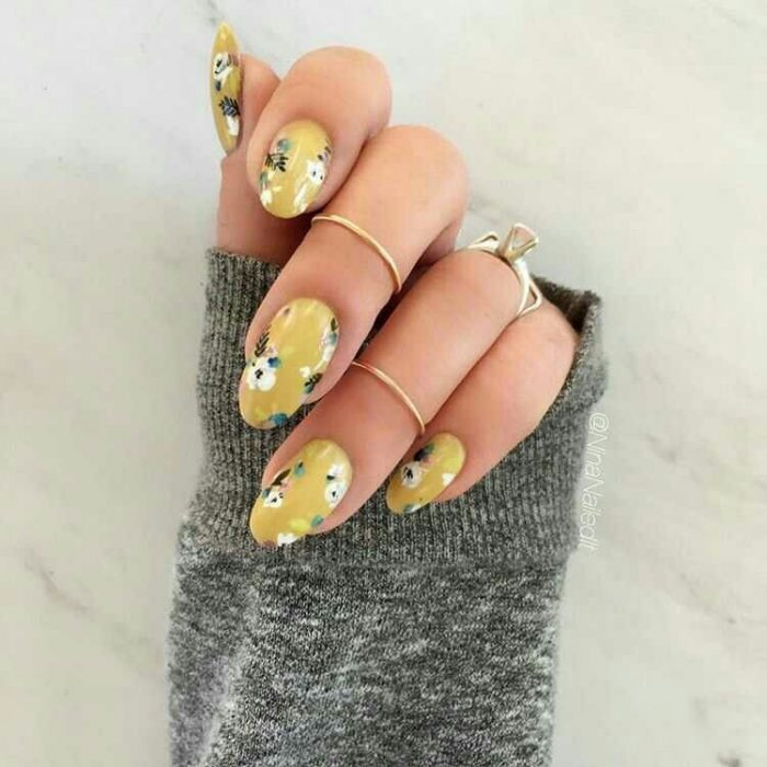 100 Ideas De Uñas Decoradas Con Flores Lindas Tendencias