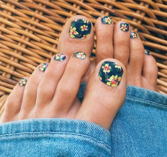 100 Ideas De Uñas Decoradas Con Flores Sencillas